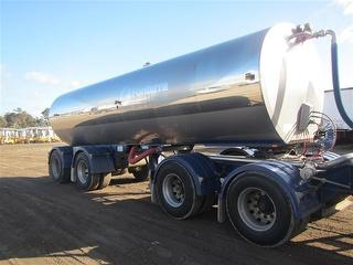2006 Byford Alby MK5 Tanker (Milk) Sold as part of a set ATM 36,000kg Photo