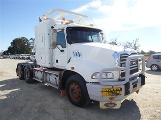2008 Mack Granite Cmmt Prime Mover 1 Key GCM 90,000kg Photo