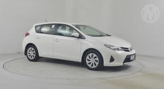 2013 Toyota Corolla ZRE18 Ascent 5D Hatch Photo