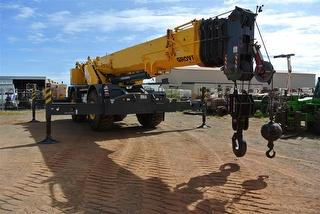 2013 Grove RT 890e Crane (Rough terrain) Located in Karratha Photo