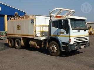 2003 Iveco Acco 2350G Water Cart GCM 36,000kg Photo