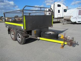 2011 Wandering Star Flat Tipping Trailer ATM 2,000kg Photo