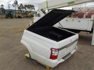 Ssangyong Musso UTE TUB Workshop equipment (GP) Photo