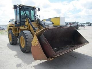 Caterpillar IT14G Loader (Front End) Forklift Tines And 2 Buckets Photo