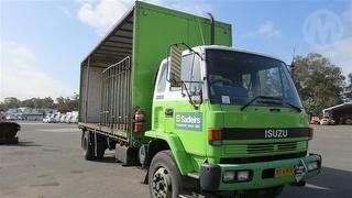 1992 Isuzu FVR900L Curtainside GVM 16,000kg Photo