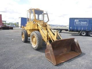 1982 Caterpillar 910 Loader (Front End) Photo