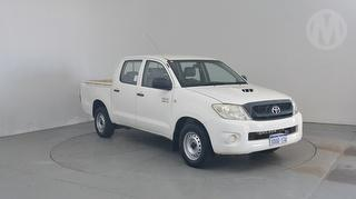 2010 Toyota Hilux 150 SR UTE Vehicle still in re-registration period - plates on hold in office Photo