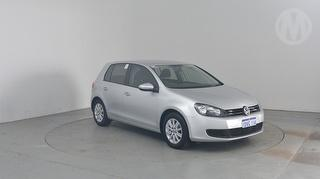 2012 Volkswagen Golf VI Trendline 5D Hatch Photo