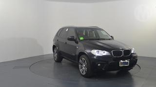 2012 BMW E70 X5 xDrive30d 5D SUV Photo