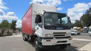 2001 Isuzu FVL 1400long Curtainside GVM 24,000kg Photo