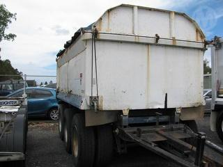 Forbes T3 Tipping Trailer PIG Trailer Photo
