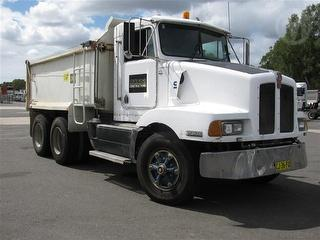 1995 Kenworth T400 Tipper GVM 24,100kg Photo