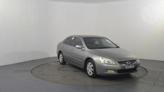 2005 Honda Accord V6 Luxury 4D Sedan Photo