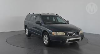 2004 Volvo Cross Country XC70 5D Station Wagon Photo