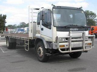 1999 Isuzu FVR950L Tray GVM 16,000kg Photo