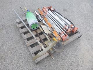 Pallet OF TRI Pods And Shovel Mixed Items Miscellaneous Photo