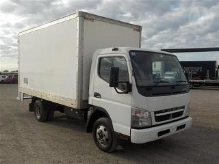 2010 Mitsubishi Canter FE83D Pantech problem with ODO reading on dash GCM 8,000kg Photo
