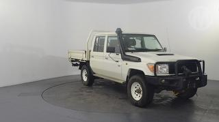 2013 Toyota Landcruiser 76/78/79 Series Workmate 4D Dual Cab Chassis Photo