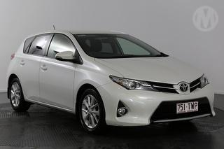 2014 Toyota Corolla ZRE18 Ascent Sport 5D Hatch Photo