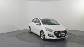 2013 Hyundai i30 GD Active 5D Hatch Photo