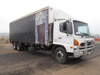 2003 Hino GH1J Curtainside Reconditioned Motor approx 150,000 kms ago as well as gear box GCM 32,000 Photo