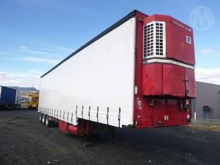 Freighter ST3 Curtainside Photo