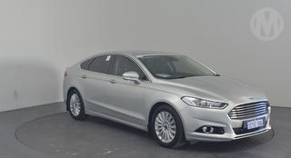 2015 Ford Mondeo MD TREND 5D Hatch Photo
