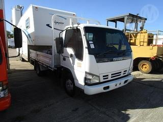 2005 Isuzu NPR 200 Tray ****Offered with lot 300 as one unit**** GVM 4,490kg Photo
