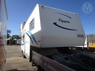 Olympian Sutherlands 5TH Wheeler Caravan ****Offered with lot 3 as one unit**** Photo