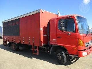 2006 Hino FD1J Curtainside GCM 16,000kg Photo