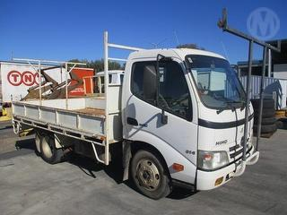 2007 Hino 300 Series 614 Tray GCM 7,995kg Photo