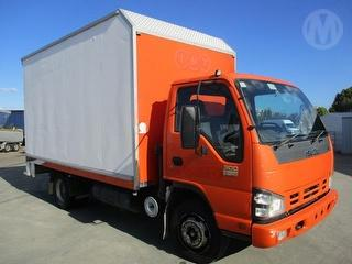 2006 Isuzu NPR300 Medium Pantech GCM 10,000kg Photo