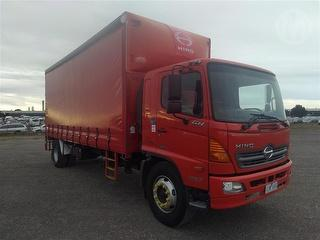 2008 Hino GH1J Curtainside GCM 16,000kg Photo