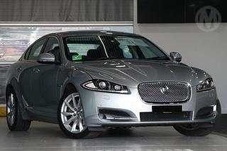 2012 Jaguar XF Luxury 4D Sedan Photo