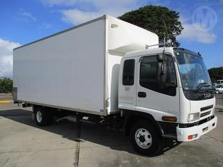 2007 Isuzu FRR500 Long Pantech GCM 16,000kg Photo