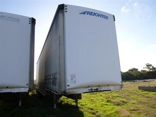 2004 Maxitrans ST3 Curtainside ATM 38,000kg Photo