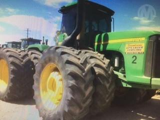 John Deere 9520 Tractor LOCATED IN AYR Photo
