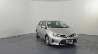 2014 Toyota Corolla ZRE18 Ascent 5D Hatch Photo