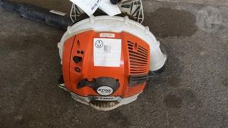 Stihl BR600 Parks & Gardening Backpack Blower Photo