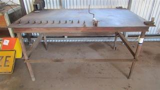 MISCELLANEOUS Workshop supplies Large Heavy Duty Steel Work Bench Photo