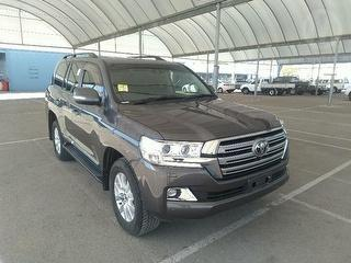 2015 Toyota Landcruiser 200 Sahara 4WD Photo