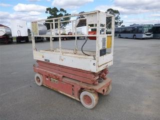 1997 Snorkel SL 20 Scissor Lift Photo