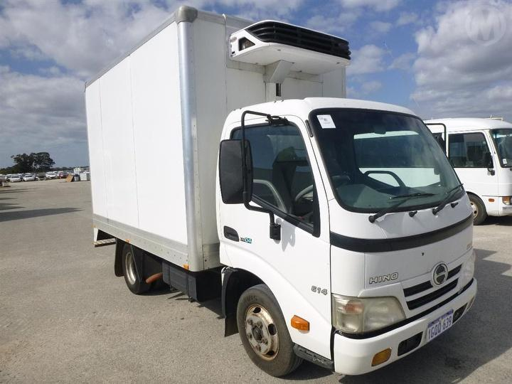 2007 Hino 300 614 Pantech 1 Key GCM 7,995kg For Auction