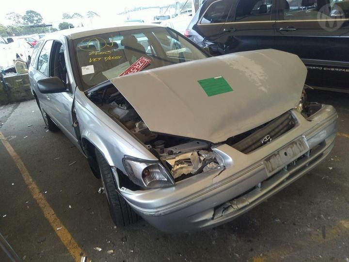 Damaged 2000 Toyota Camry V20R CSi Station Wagon For Auction in