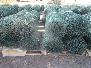 NA Fence Mesh Plastic Coated Miscellaneous 2 Pallets 8 Rolls Photo