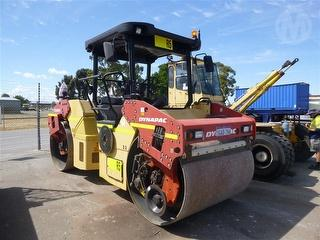 2011 Dynapac CC424HF Roller (Compactor) Photo