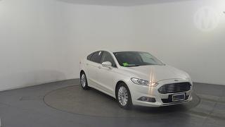 2016 Ford Mondeo MD TREND 5D Hatch Photo