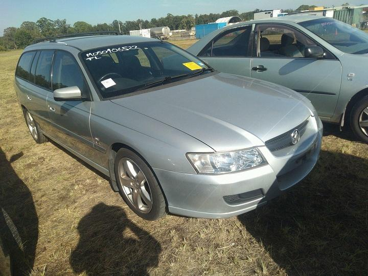 Damaged 2005 Holden Commodore VZ Equipe Station Wagon For