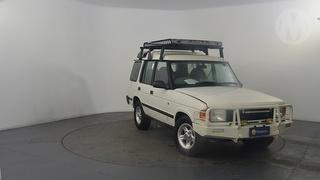 1998 Land Rover Discovery SE S/Wagon Photo