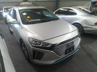 2018 Hyundai IONIQ Plug-In Elite Hatch Photo